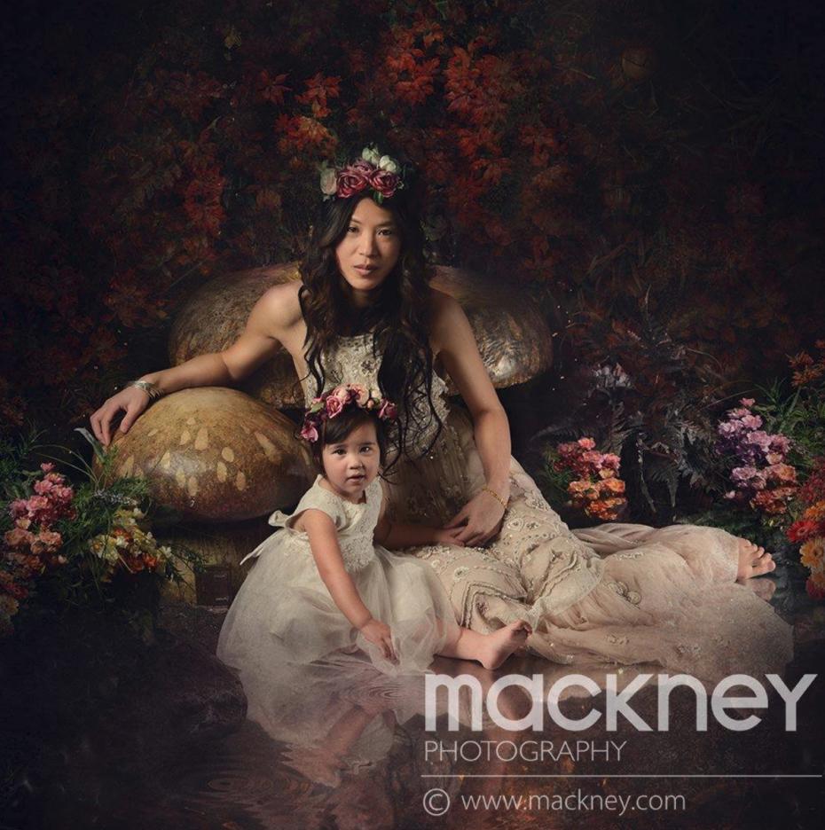 Nadia Di Tullio For Mackney Photography