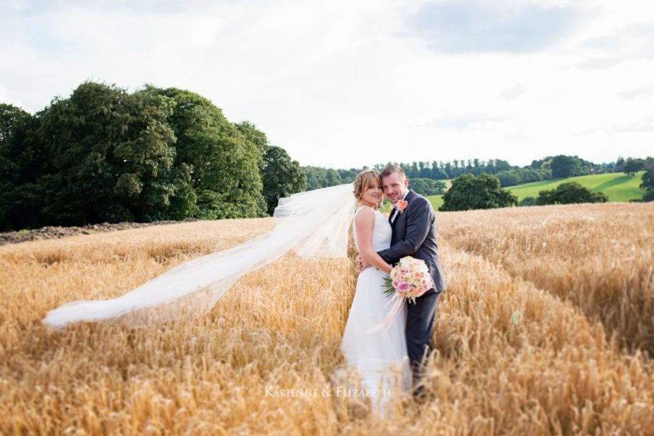 Ice cream coloured wedding at Yeldersley Nadia Di Tullio