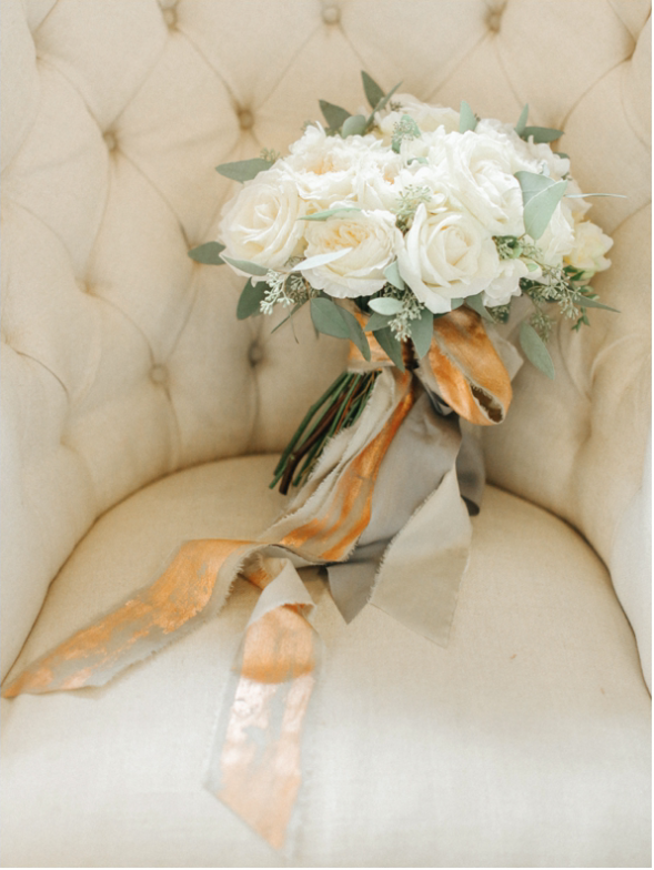 Belle and beau photography Nadia Di Tullio Flowers Fine art wedding