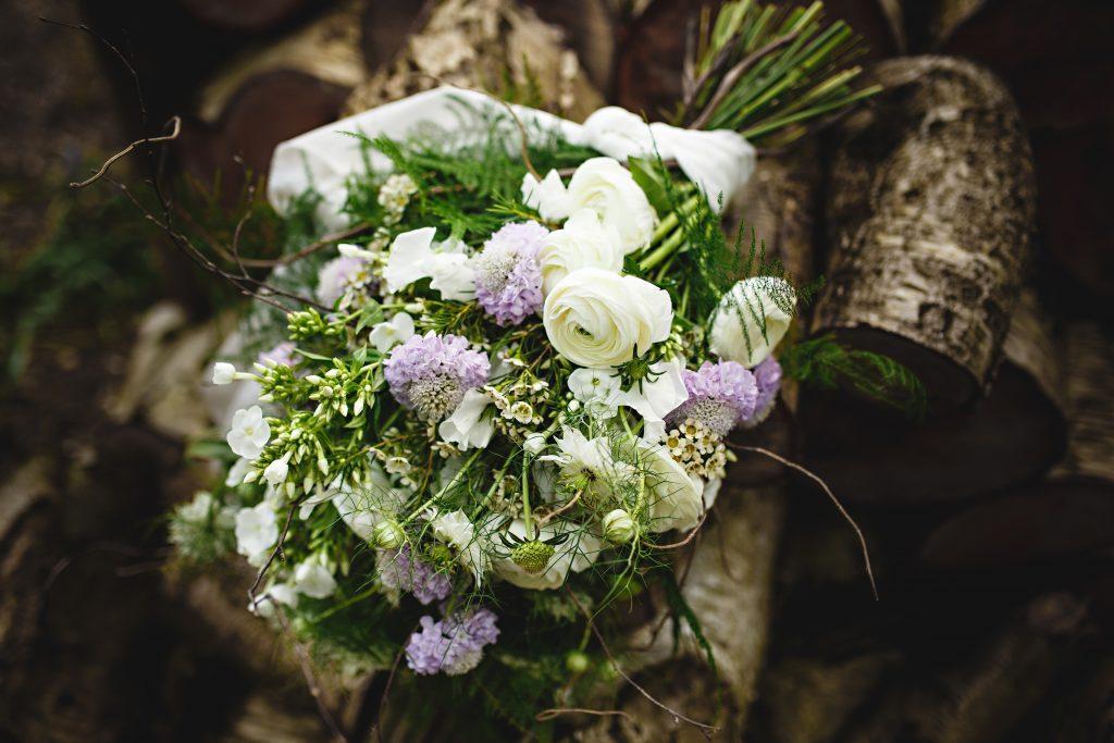 cake and Flowers Nadia Di Tullio