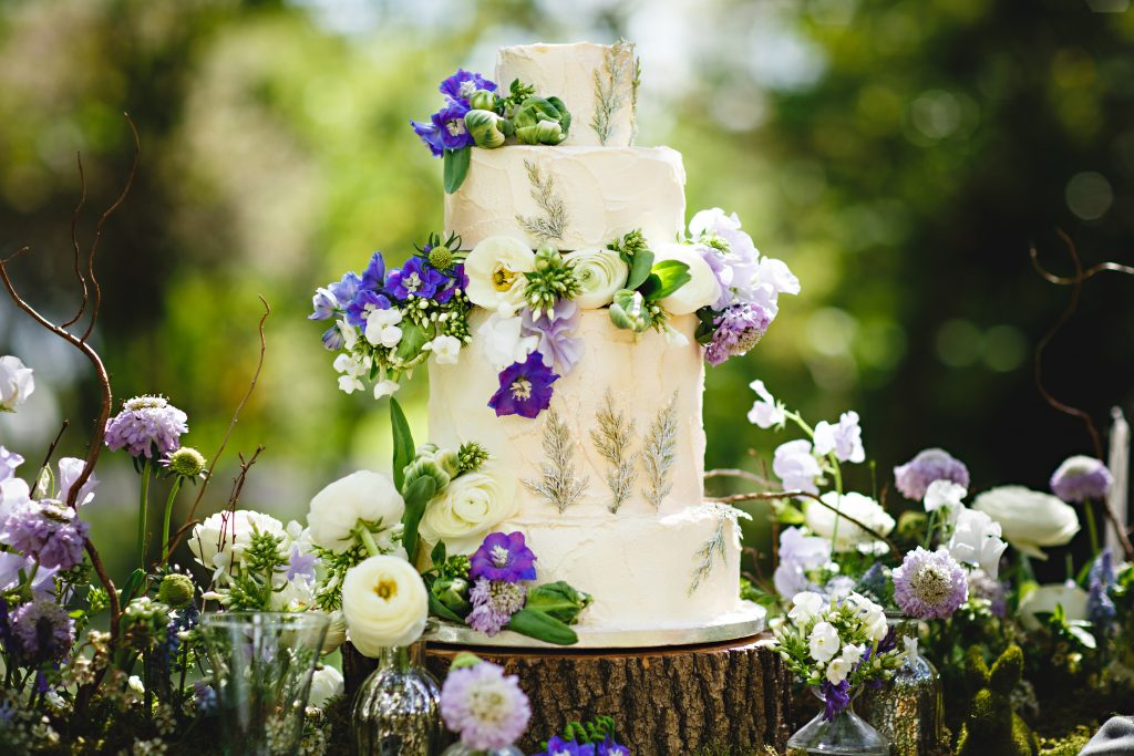 cake and Flowers Nadia Di Tullio
