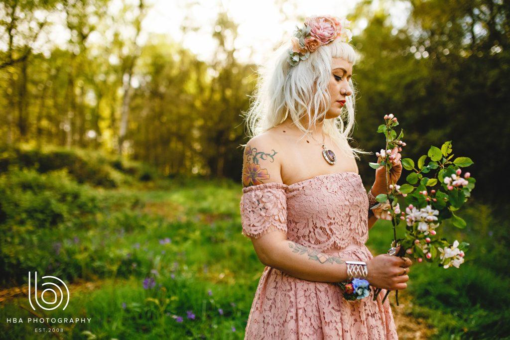 Nadia Di Tullio Flowers Suki and bluebells