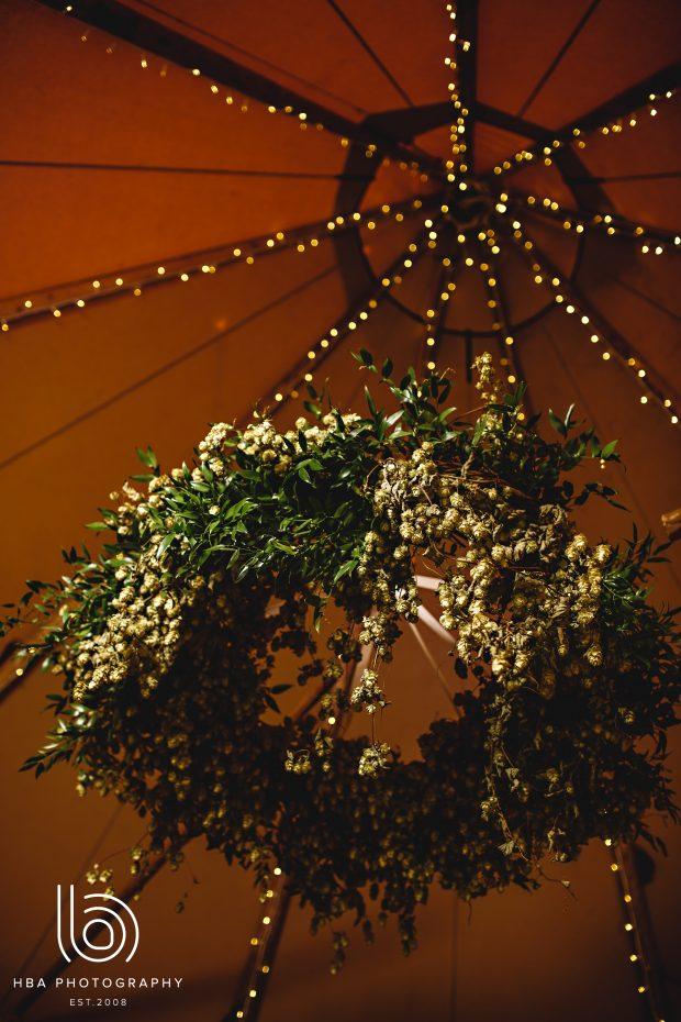 Foliage chandelier